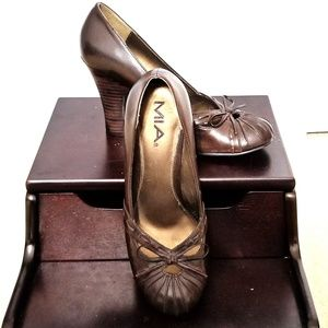 Much Loved, Rarely Worn Mia Pumps